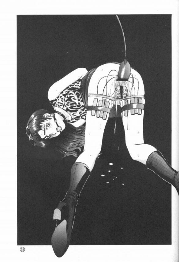 【エヴァ エロ同人】監禁拘束された葛城ミサトがアナルを開発調教されちゃいます♪浣腸してその場で排泄させたり、2週間も経った頃にはちんぽも入るようになったのでイラマチオさせながらアナルファック!! (27)