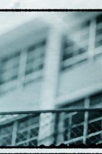 【エロ同人誌】いじめられっ子の男子生徒がある日突然性転換しJKとして学校に現れたw【無料 エロ漫画】